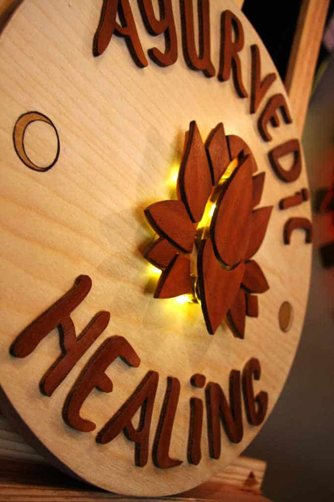 Enseigne Lumineuse Ayurvedic Healing