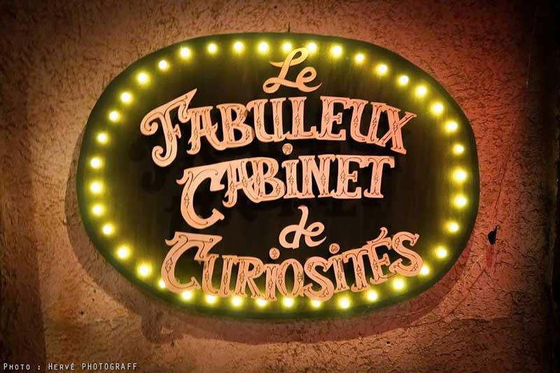 Enseigne Lumineuse Le Fabuleux Cabinet de Curiosités