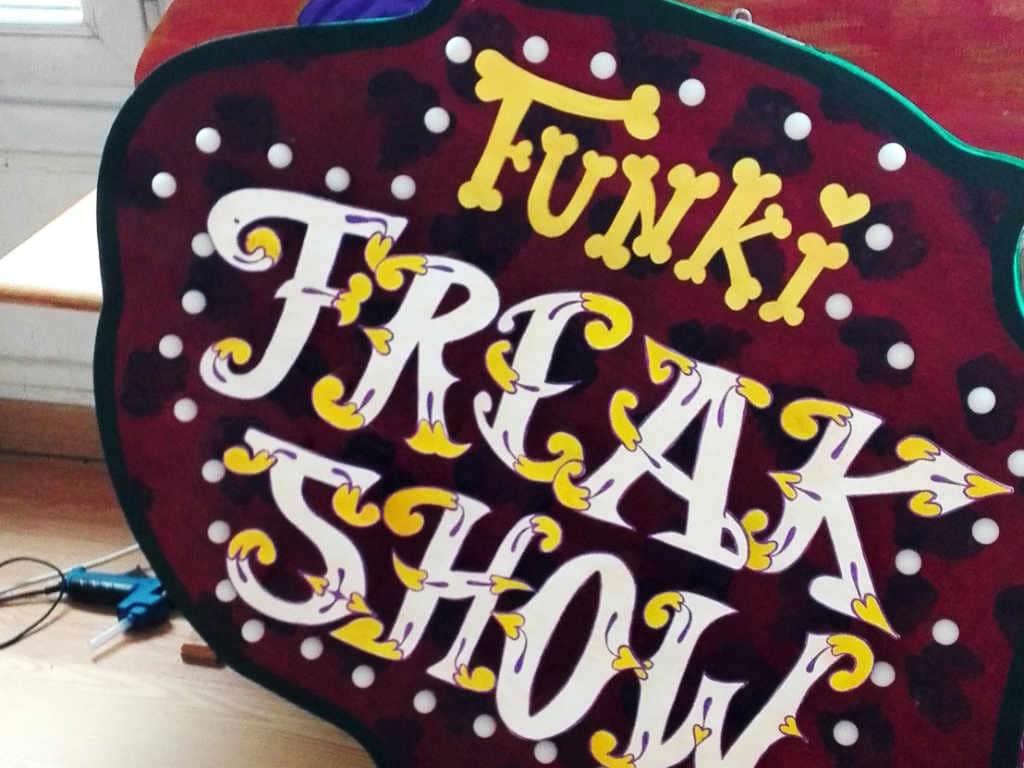 Enseigne Lumineuse Freak Show