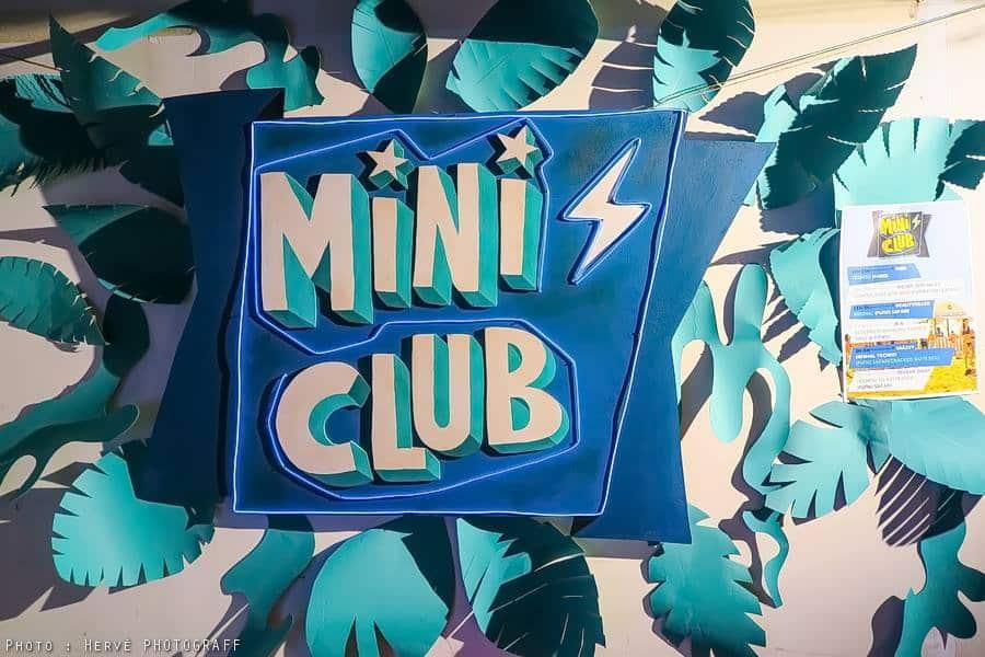Enseigne Lumineuse Mini Club