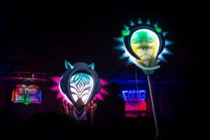 Totem animaux de l'espace Funki Sign