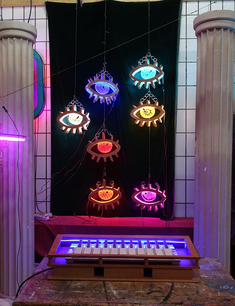 neon sur mesure eyes all colors and piano 3