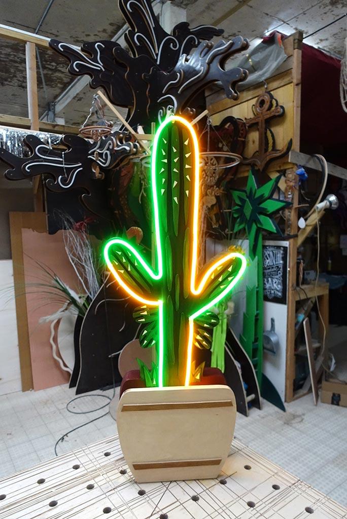 néon sur mesure Cactus 4