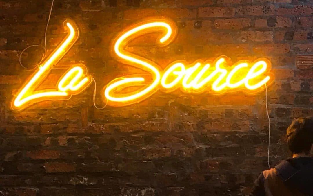 Neon sign La Source