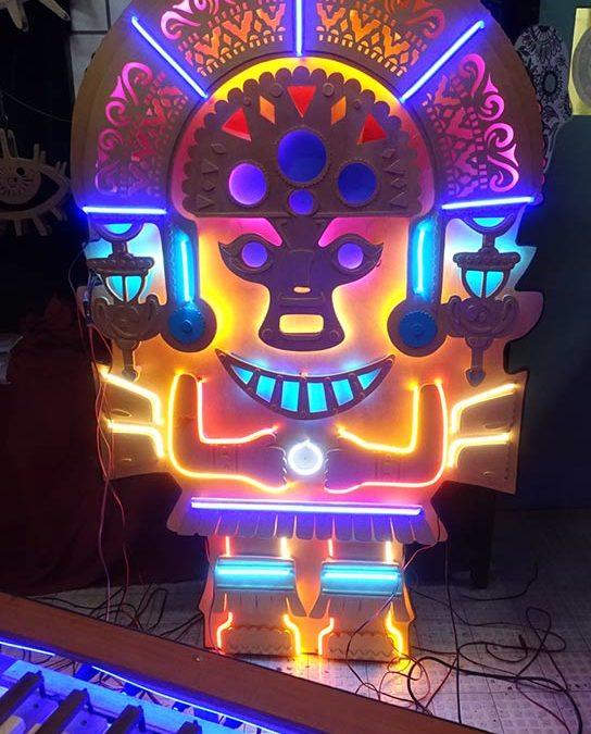 Statuette Inca Neon